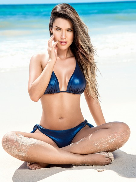 Glanzende Triangle Bikini Blue Sky van Phax Chilla