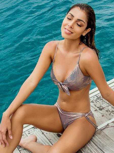 Bikini Triangle Golden Skin van Phax Chilla