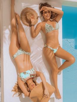 Bikini Triangle Bella Africa van Phax Chilla