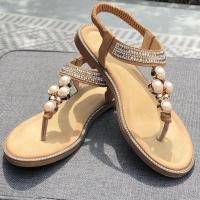 Strandweer op komst? Laten we het hopen! Met deze Amira sandaal is in ieder geval elke dag beachy ☀️🏖  #eindelijkzon #piarossini #sandalenweer #strand #vrolijk #style #slippers #zomerstijl #beachy #chillabikini